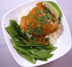 Crockpot Coconut Peanut Curry Chicken (only 10 carbs per serving)