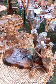 A closer look to the Folk Craftsmen Fair held in Timisoara, Romania Timisoara Romania, Indoor Outdoor, Outdoor Decor, Clay Pots, Wood Crafts, Craftsman, Closer, Hold On, Baskets