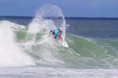 World Surf League: Oi Rio Women's Pro Round 2 and Round 3 in Brazil / 2015年5月16日、ブラジルでOi Rio Women's ProのRound 2、Round 3が実施され、Lakey Peterson(USA)、Carissa Moore(HAW)、Tyler Wright(AUS)、Malia Manuel(HAW)がベスト8へ進んだ。