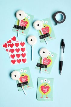 Eyes for You: DIY Classroom Valentines by @Jenny Batt for Juelp