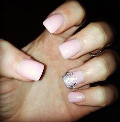 Princess crown nails!