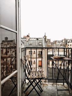 House architecture city paris france 23 ideas for Diy Abschnitt, Places Around The World, Oh The Places You'll Go, Places To Travel, Around The Worlds, Places To Visit, Paris Balcony, Tuileries Paris, Paris By Night, Paris City