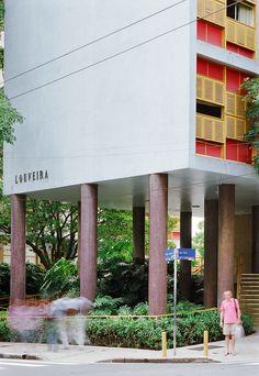 Clássicos da Arquitetura: Edifício Louveira / João Batista Vilanova Artigas e Carlos Cascaldi