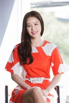 김현주 Girl Crushes, Korean Beauty, Actors & Actresses, Bell Sleeve Top, Vans, Long Hair Styles, Female, My Favorite Things, Celebrities