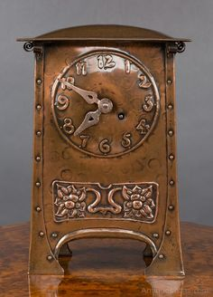 Antique Mantel Clocks, Arts And Crafts Mantel Clock. Arts and Crafts mantel clock in a dome top hammered copper case with raised frieze and beaded decoration. Fall Arts And Crafts, Arts And Crafts For Adults, Arts And Crafts House, Arts And Crafts Movement, Arts And Crafts Projects, Craftsman Clocks, Craftsman Style, Antique Mantel Clocks, Vintage Clocks