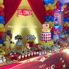 Maria Pompom 's Birthday / Circus / Carnival - Photo Gallery at Catch My Party Carnival Party Foods, Circus Carnival Party, Carnival Birthday Parties, Carnival Themes, Circus First Birthday, Birthday Ideas, Circus Cakes, Theme Ideas, Party Ideas