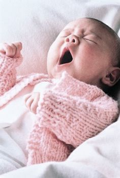 I just *love* baby yawns. (and baby knit sweaters! Cool Baby, Baby Kind, Baby Love, Big Baby, Precious Children, Beautiful Children, Beautiful Babies, Little Babies, Cute Babies