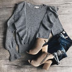 Check out these Fall Outfit Ideas Source by softsunnystyle ideas modest Fall Winter Outfits, Winter Fashion, Casual Outfits, Cute Outfits, Modest Outfits, Sweater Outfits, Modest Fashion, Fashion Outfits, Womens Fashion For Work