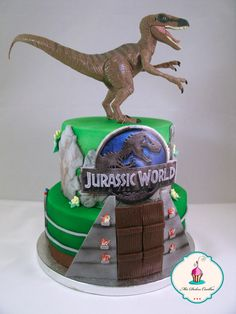 jurassic World cake - Cake by Mis Dulces Cosillas Jurassic Park Party, Jurassic World Cake, Park Birthday, Dinosaur Birthday Party, 6th Birthday Parties, Birthday Ideas, Birthday Cake, Dino Cake, Dinosaur Cake