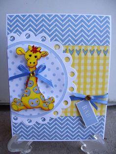 Baby giraffe animal circle hearts chevron card