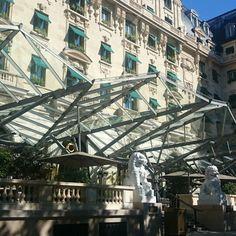 Le Penninsula hotel