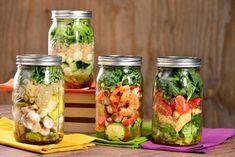 4 Ensaladas Fáciles para LLevar - Flap Tutorial and Ideas Mason Jar Meals, Meals In A Jar, Mexican Food Recipes, Vegetarian Recipes, Healthy Recipes, Cookie Recipes, Clean Eating Snacks, Healthy Eating, Best Junk Food
