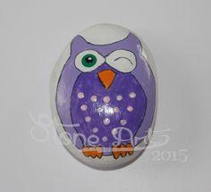 http://de.dawanda.com/product/88704435-handbemalter-stein---zwinker-eule