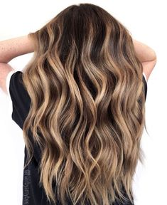 50 Best Hair Colors - New Hair Color Ideas & Trends for 2020 - Hair Adviser Cute Hair Colors, Hair Color Pink, New Hair Colors, Cool Hair Color, Brown Hair Colors, Spring Hair Colors, Blonde Color, Spring Hairstyles, Cool Hairstyles