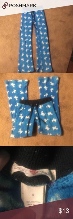 Derek Heart pajama pants Blue with white dog print size small fuzzy material super comfy Derek Heart Intimates & Sleepwear Pajamas