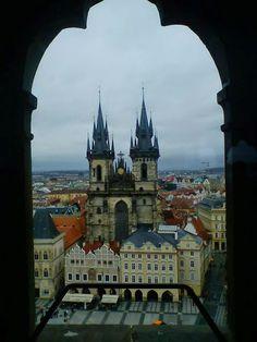Portas, Janelas e Molduras - Uma volta pela Europa | Guia Turística à Distância - PRAGA - Centro Histórico