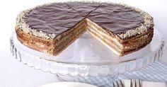 Hozzávalók 24 cm-es tortaformához A tésztához 25 dkg liszt 10 dkg vaj 5 dkg cukor 1 tojássárgája 50 ml tej 1 dkg...
