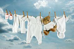 Как вывести пятна пота с белой одежды