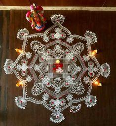 New Rangoli Designs, Rangoli Patterns, Small Rangoli Design, Indian Rangoli, Kolam Rangoli, Sankranthi Muggulu, Free Hand Designs, Padi Kolam, Muggulu Design