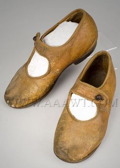Antique Shoes, Children's, Brown leather, pair view