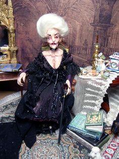 OOAK Halloween Miniature Poseable Dollhouse Witch par LoreleiBlu