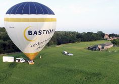 BALLOONS, PARAGLIDING & FLYING CLUBS in The Hague, Rotterdam, Leiden, Delft, Gouda, Dordrecht and elsewhere in Zuid-Holland, Netherlands  https://www.angloinfo.com/south-holland/directory/south-holland-balloons-paragliding-flying-clubs-241