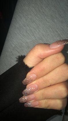 Nails glitter glitter nails acrylic nails acrylic nails - everything is there - nails Glitzer Glitzer nails AcrylicNailsAcrylic nails - acrylic glitter nails Aycrlic Nails, Cute Nails, Pretty Nails, Hair And Nails, Glitter Nails, Hair Gel, Purple Glitter, White Glitter, White Acrylic Nails With Glitter