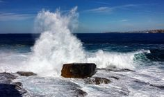 (Loc) Posted on May 25 2016 at 10:04PM: Waves hammering North Bondi rocks today.  #nofilter by ekpyrotically