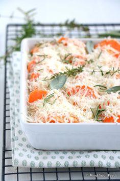 Zoete aardappel gratin met Parmezaanse kaas - Mind Your Feed #sweetpotato #gratin
