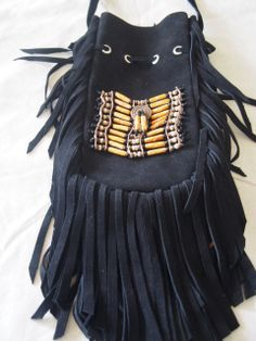 A+gorgeous+black+suede+fringe+bag+with+orange+bone.+Hand+made+in+Bali Black Fringe Bag, Fringe Bags, Black Suede, Bones, Bali, Orange, Projects, How To Make, Handmade