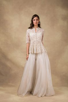 Pale Pink Peplum With Sharara Ridhi Mehra Indian Gowns Dresses, Indian Fashion Dresses, Dress Indian Style, Indian Designer Outfits, Pakistani Dresses, Pakistani Sharara, Indian Lehenga, Sharara Designs, Kurti Designs Party Wear