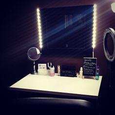 Super excited and proud of my Hollywood Vanity that I put together myself #diy #hollywoodmirror #hollywoodvanity #makeupstudio #salon #hamiltonmakeupstudios #hamiltonmakeupartist #ledvanity