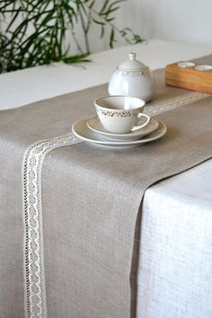 Lacey Natural Organic Linen Gray / White Table by LinenLifeIdeas
