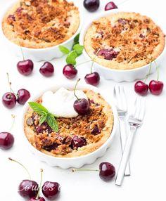 Kirsch-Müsli Crumble Camembert Cheese, Dairy, Cooking, Food, Cherries, Food Food, Kitchen, Cuisine, Koken