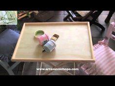 Con la técnica Decoupage y pintura Americana de acabado tiza vamos a transformar un par de sillas infantiles y una mesa de acompañamiento.