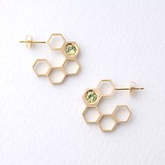 tortue Honeycomb earrings                                                                                                                                                                                 もっと見る