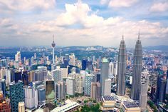 Best places to visit in Kuala Lumpur, Petronas towers and KL tower