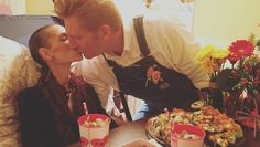 Amid cancer battle, Joey and Rory Feek prepare to watch Grammys.: Amid cancer battle, Joey and Rory Feek prepare to watch… Country Singers, Country Music, Joey And Roey, Joey And Rory Feek, Little Big Town, Valentines Day Date, Sweet Kisses, Faith In Love, Music Lovers