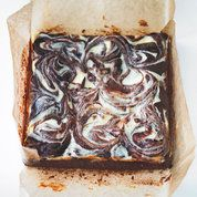 Rachel Allen's cheesecake brownies recipe. For the full recipe, click the… Best Chocolate Brownie Recipe, Chocolate Brownies, Brownie Recipes, Cheesecake Recipes, Chocolate Recipes, Dessert Recipes, Decadent Chocolate, Chocolate Smoothies, Brownie Cheesecake