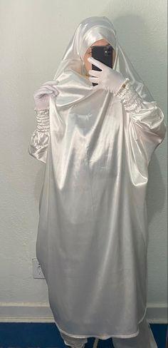 Dress Gloves, Dresses, Fashion, Vestidos, Moda, Fashion Styles, Dress, Fashion Illustrations, Gown