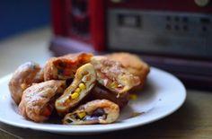 Deep Fried Pizza http://wygrywamzanoreksja.pl/bez-kategorii/porn-food-luty-2014-deep-fried-pizza/ fot. Szymon Kiżewski