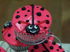 ladybug cupcakes for valentines day