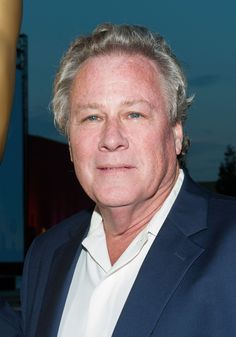 JOHN HEARD Home Alone Actor, Home Alone Movie, Hollywood Actor, Golden Age Of Hollywood, Classic Hollywood, Famous Men, Famous Faces, Famous People, Celebrity Stars