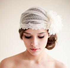 hochzeit hochsteckfrisuren brautfrisur on pinterest bridal headbands hochzeit and lace. Black Bedroom Furniture Sets. Home Design Ideas