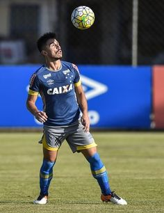 Willian; Cruzeiro (Foto: Pedro Vilela/Light Press)