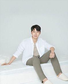 Hyun Bin, Korean Celebrities, Korean Actors, K Idol, My Crush, Korean Drama, Kdrama, Menswear, Photoshoot