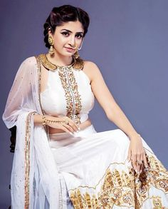 Poonam Kaur Beautiful HD Photoshoot Stills & Mobile Wallpapers HD Indian Actress Gallery, Tamil Actress Photos, World's Cutest Girl, Bollywood Girls, Bollywood Saree, Hd Wallpapers For Mobile, Amy Jackson, South Actress, Movie Photo