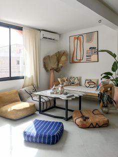 [ Tendance déco ] Modern tribal / Modern craft - New Ideas Summer Deco, Home Interior, Interior Design, Design Art, Deco Boheme Chic, Turbulence Deco, Classic Furniture, Apartment Design, Home Decor Bedroom