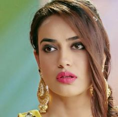 Indian Tv Actress, Beautiful Indian Actress, Indian Actresses, Cute Celebrities, Indian Celebrities, Tashan E Ishq, Pretty Star, Cute Beauty, India Beauty