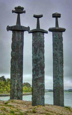 Viking Sword Monument. Stavanger. Norway (Monumentos Celtas)